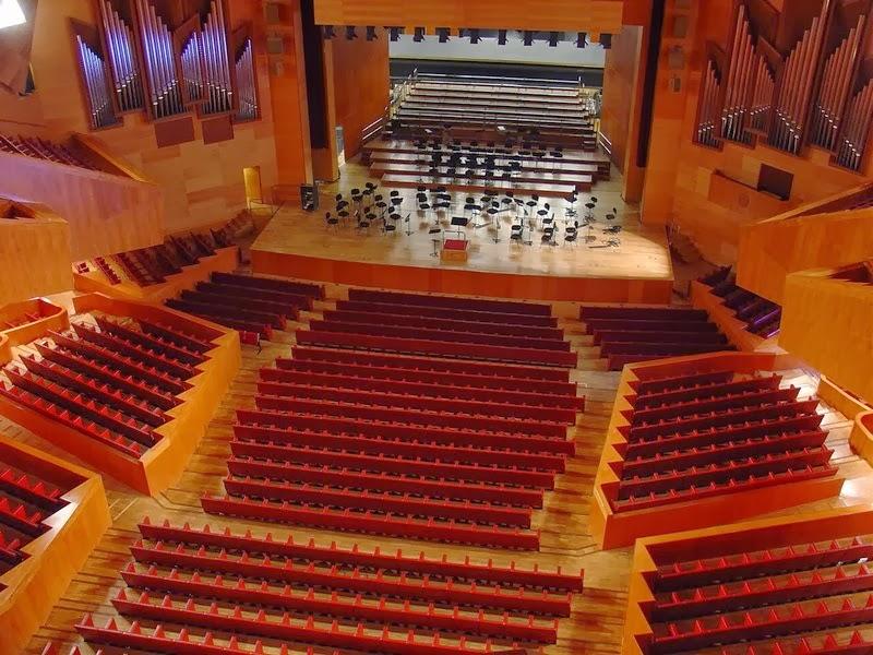 Opera in Bilbao  la vie boheme travel