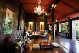 Jim Thompson House, sitting room (image by David Lansing - source)